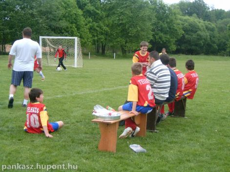 1. Harangláb Kupa2010