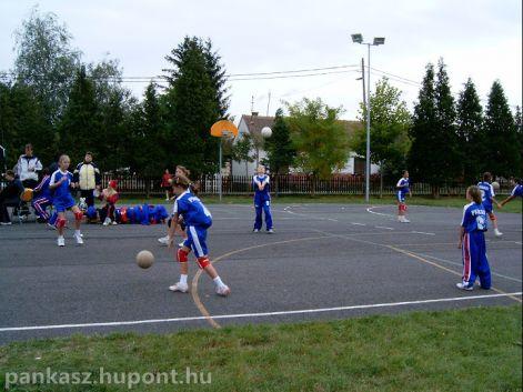 kovats.b.2004 017